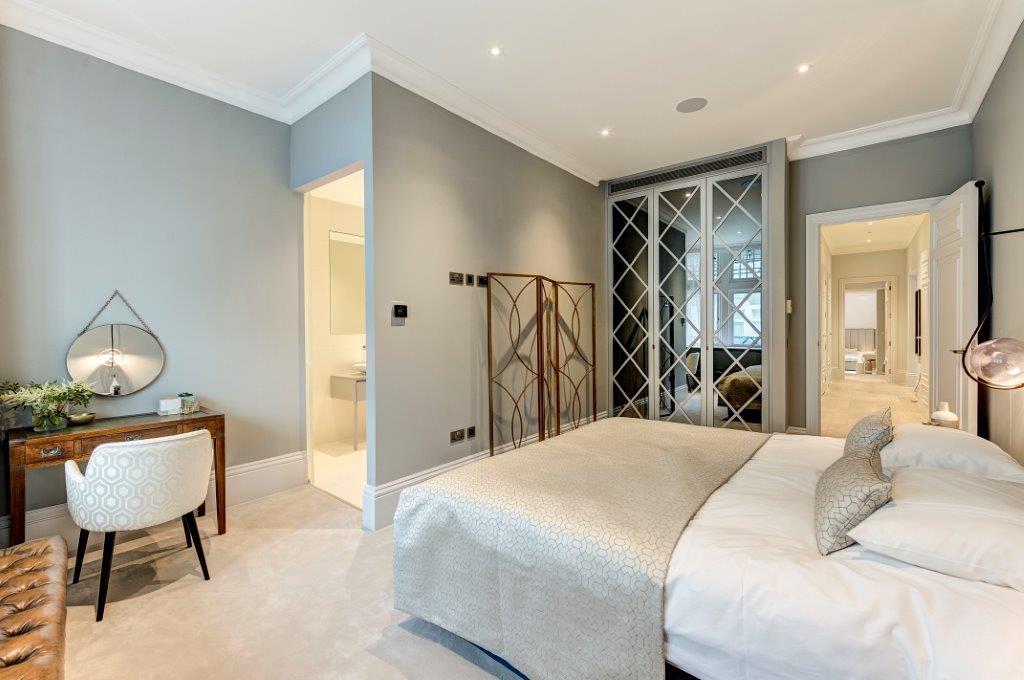 23 Tavistock Street W1 325434 bed1_RGB